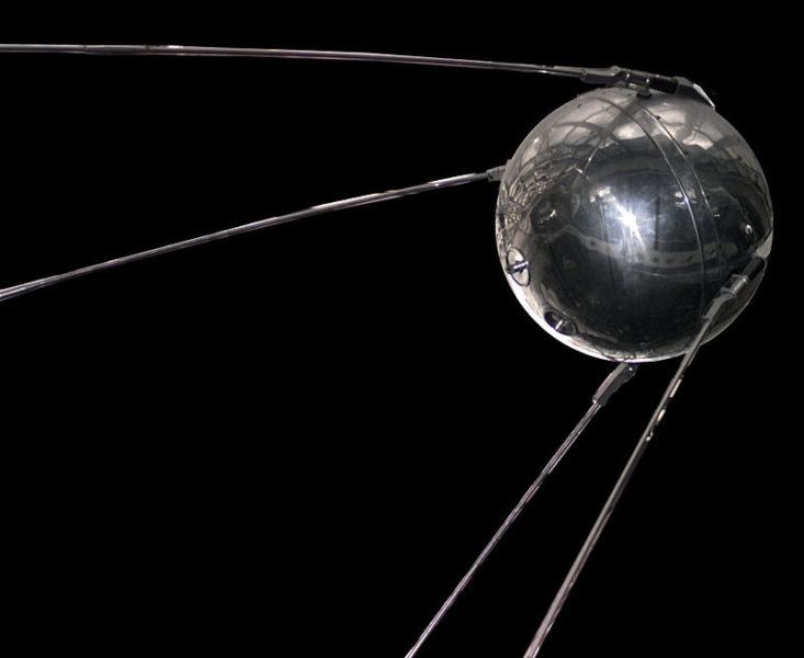 Replica del satellite Sputnik1 custodito nel museo della Nasa a Washington