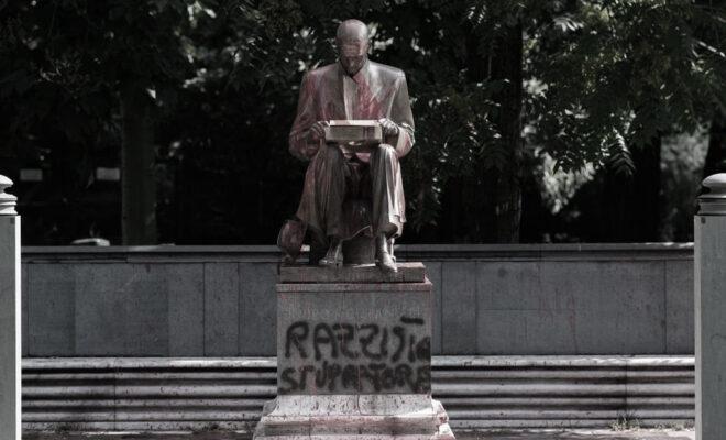 Statua di Indro Montanelli