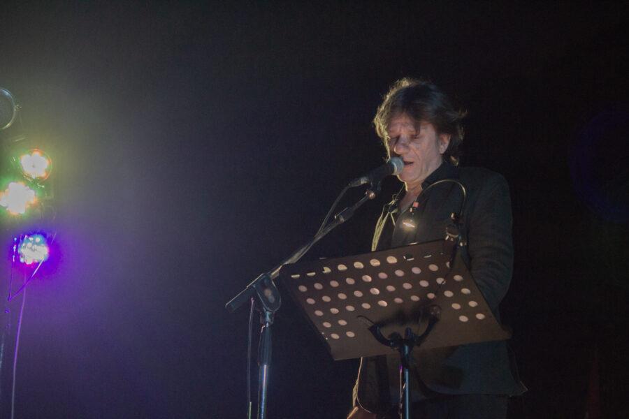 Capovilla racconta il suo nuovo progetto I Cattivi Maestri e il ruolo dell'artista