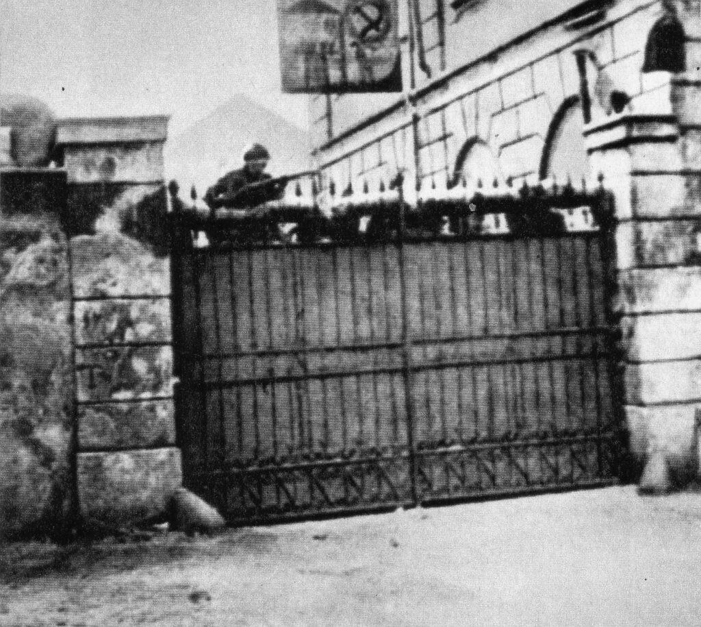Biennio rosso settembre 1920 Milano operai armati occupano le fabbriche