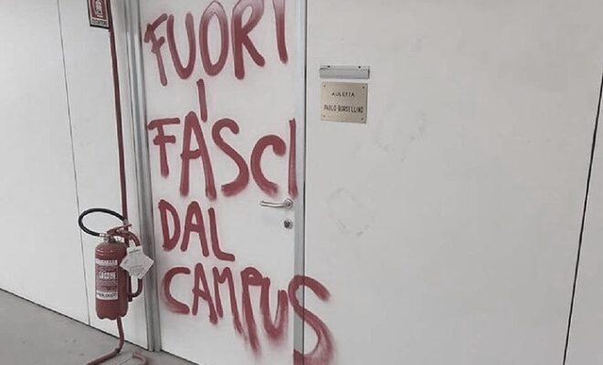 fuori i fascisti dal campus