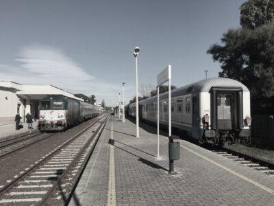 Incrocio Intercity 559 e 562 a Locri