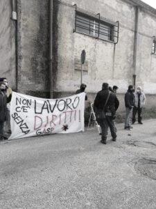 Tekneko_Manifestazione_Bracciano_striscione