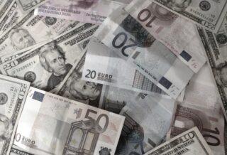 Dollari ed Euro